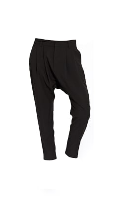 The Harem Pant (Shadow Pant)_Black_127_Outfit.jpg