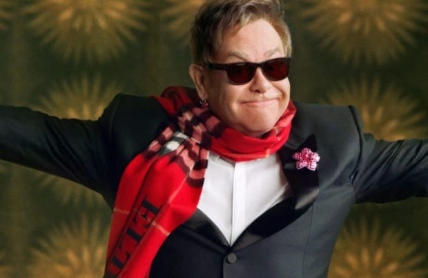 Elton John in the Burberry Festive Film Behind The Scenes, shot by Burberry.jpg