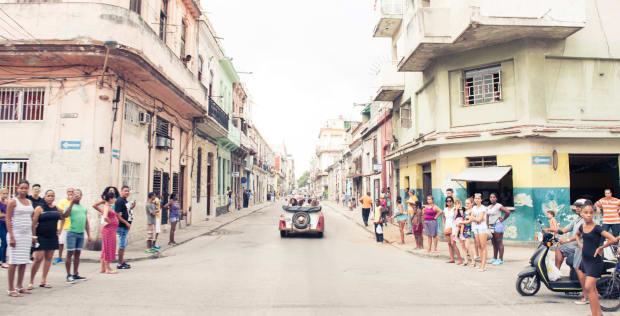 CHANEL_Cruise_Cuba_Show-12.jpg
