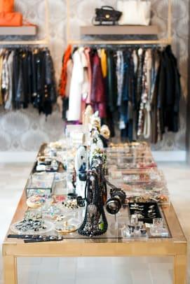 021_Luxury Garage Sale_Chicago.jpg