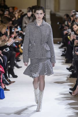 giambattista-valli-fall-2017-01