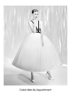 models-spring-2017-campaigns-julia-2