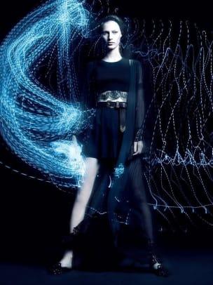 models-spring-2017-campaigns-julia-1