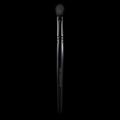 pat-mcgrath-006-blender-brush