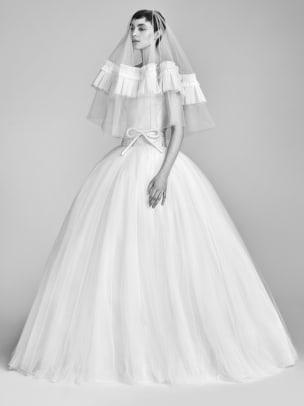 viktor-and-rolf-bridal-spring-2018-belt-gown