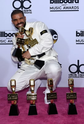 drake-2017-billboard-music-awards