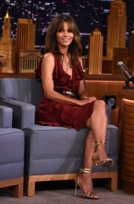 halle berry outfit