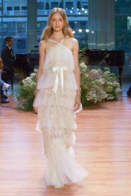Monique-Lhuillier-wedding-dress-ruffles-fall-2017.jpg