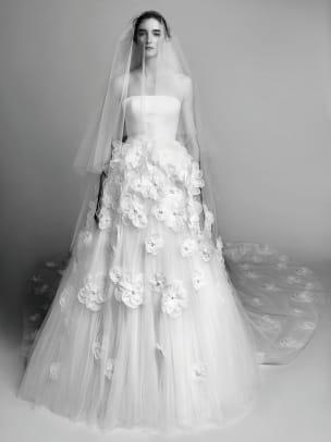 viktor-and-rolf-wedding-dress-floral-embellishment-fall-2017.jpg