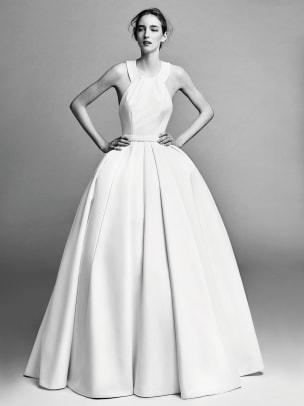 viktor-and-rolf-wedding-dress-grace-kelly-fall-2017.jpg