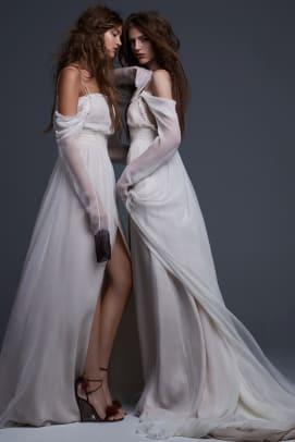 vera-wang-wedding-dress-long-sleeve-fall-2017.jpg