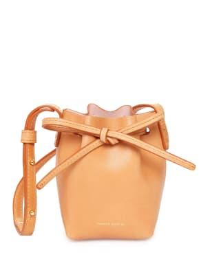 Baby_Bucket_Bag_Vegetable_Tanned_Cammello_Rosa_detail_1_161111_press.jpg