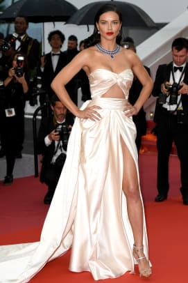 cannes-film-festival-2018-red-carpet-adriana-lima-burning-premiere