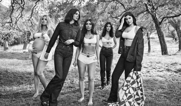 kardashians-calvin-klein-fall-2018-ad-campaign-pregnant-khloe-1