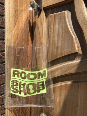 room-shop-vintage-clear-tote