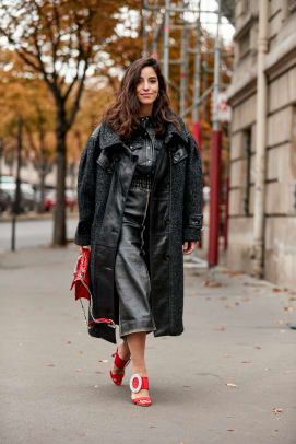 paris-fashion-week-spring-2019-street-style-day-9-55