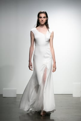 Rime_Arodaky-fall-2019-bridal-wedding-dress-asymmetry