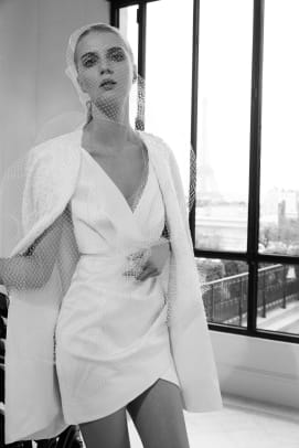 elie-saab-bridal-fall-2019-wedding-mini-dress-cape