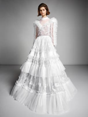 viktor-and-rolf-mariage-fall-2019-bridal-lace-wedding-dress