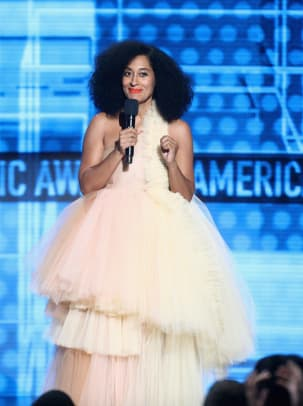 6-2018-amas-american-music-awards-tracee-ellis-ross-outfits-black-designers-off-white