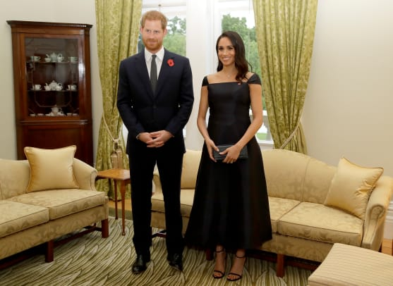 meghan-markle-wore-black-gabriela-hearst-dress