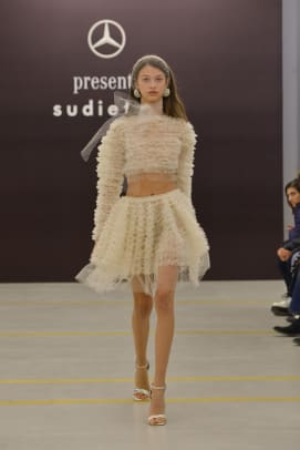 sudi-etuz-spring-2019-mercedes-benz-fashion-week-tbilisi-1