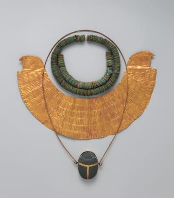 jewelry-the-body-transformed-exhibit-2