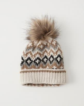 abercrombie-pom-knit-beanie