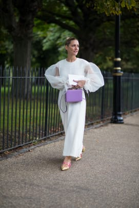 1-london-fashion-week-spring-2018-street-style-day-4