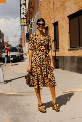 giovanna-battaglia-new-york-fashion-week-street-style-spring-2018-day-1-angela-datre
