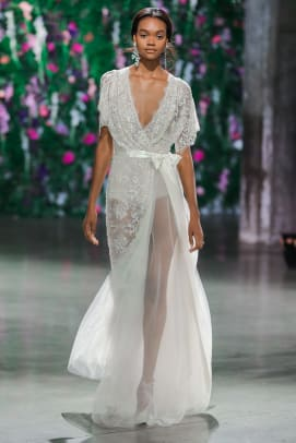 The 11 Most Beautiful Bridal Trends for Fall 2018 - Fashionista