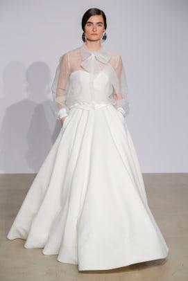 justin-alexander-bow-wedding-dress-separates-fall-2018-bridal