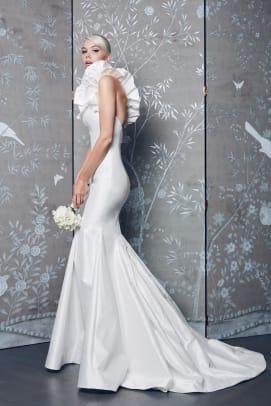 romona-keveza-legends-ruffle-wedding-dress-fall-2018-bridal