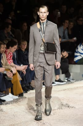 louis-vuitton-mens-fall-2018-collection-2