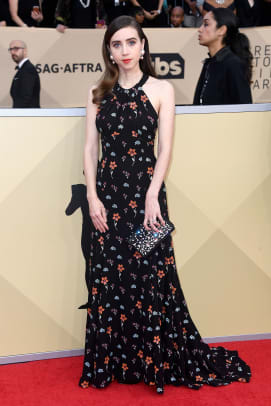 zoe-kazan-sag-awards-2018-red-carpet-fashion