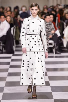 sale retailer a38d1 8be38 Dior's Spring 2018 Couture Collection Was a Mod Tribute to ...