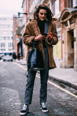 london-fashion-week-street-style-fall-2018-day-5-46