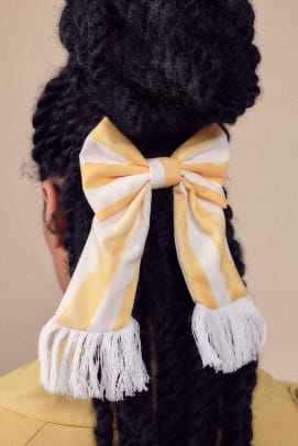 man-repeller-the-sunny-side-up-hair-bow
