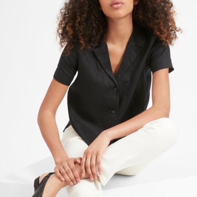 everlane-womens-linen-notch-ss-shirt-black