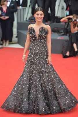 alessandra-mastronardi-venice-film-festival-2019-red-carpet-fashion
