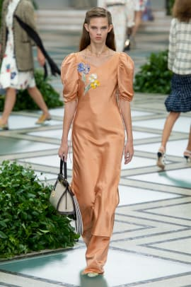 tory-burch-spring-2020-collection-28