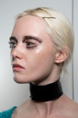 Gucci-Spring-2020-makeup-02