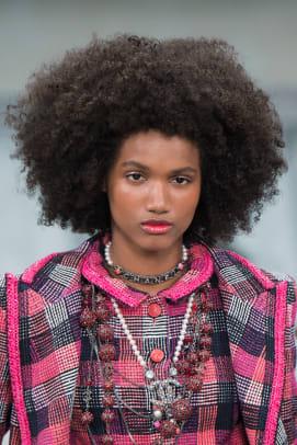 Chanel-Spring-2020-hair3