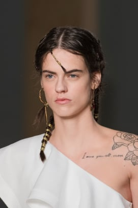 McQeen-Spring-2020-hair-5
