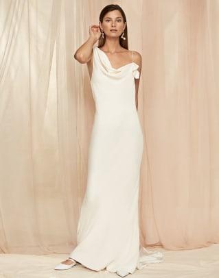 savannah-miller-bridal-fall-2020-wedding-dress-draped-shoulder
