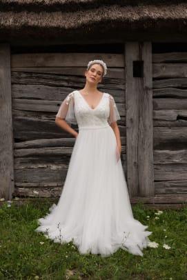 Daalarna-bridal-fall-2020-wedding-dress-flutter-sleeve