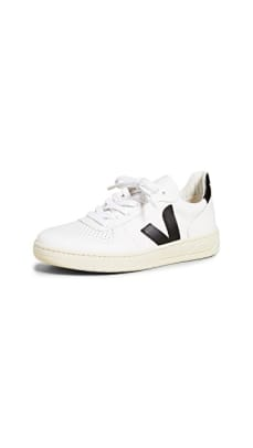 veja-sneakers-rania-holiday-picks