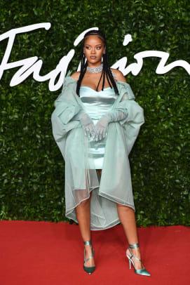 british-fashion-awards-red-carpet-2019-15