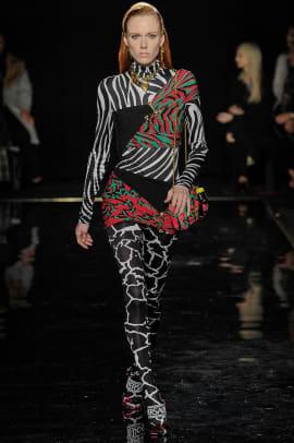 Versace-pre-fall-2019