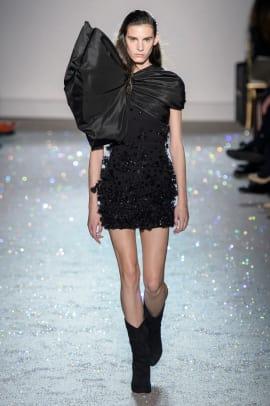 Giambattista-Valli-Couture-Spring-2019-01
